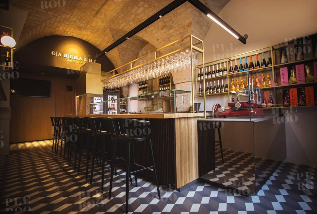 Garibaldi caf bistrot pleroo for Corsi per arredatore d interni